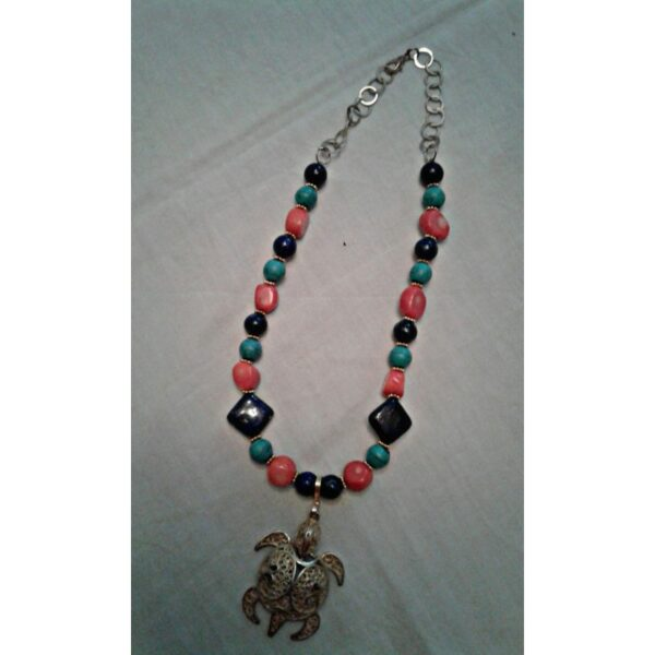 Collier motif filigrane