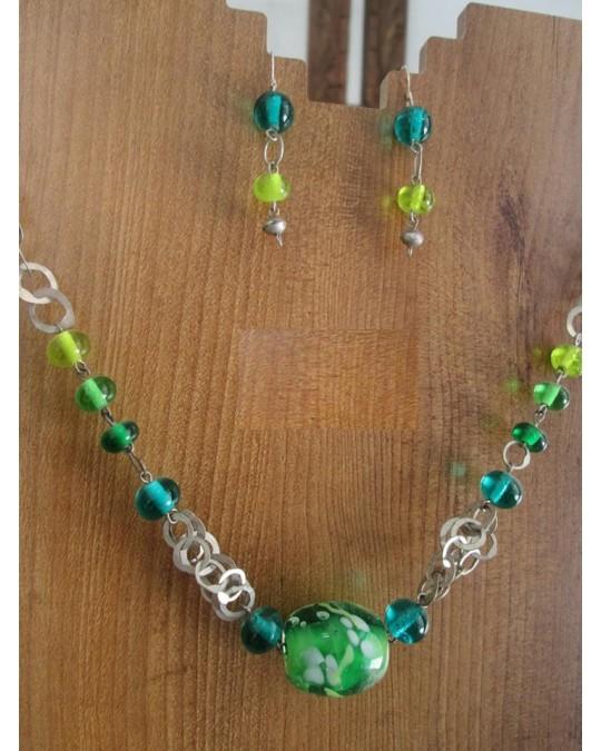 Collier et boucles D'Oreilles en Perles de Verre de Murano