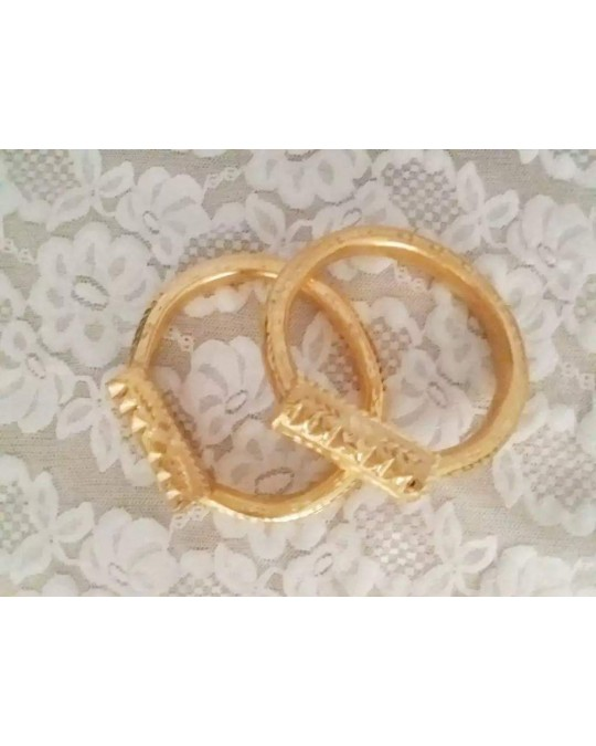khalkhal en cuivre trempé dans l'or