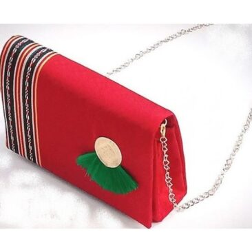 Pochette chic traditionnelle