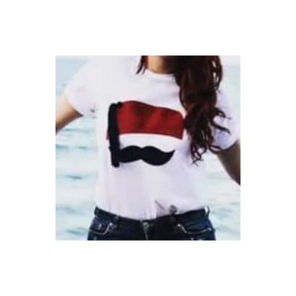 T-shirt Avec Une Touche Tunisienne